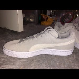 Puma suede light gray shoes (size 7 women)